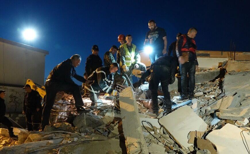 Αλβανία: Μεγαλώνει η λίστα των νεκρών του καταστροφικού σεισμού
