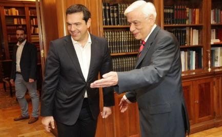 Αντίστροφη μέτρηση για τις εκλογές-Στον πρόεδρο της Δημοκρατίας ο Τσίπρας