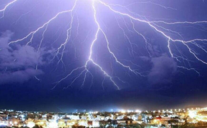 Από τον καύσωνα στις καταιγίδες