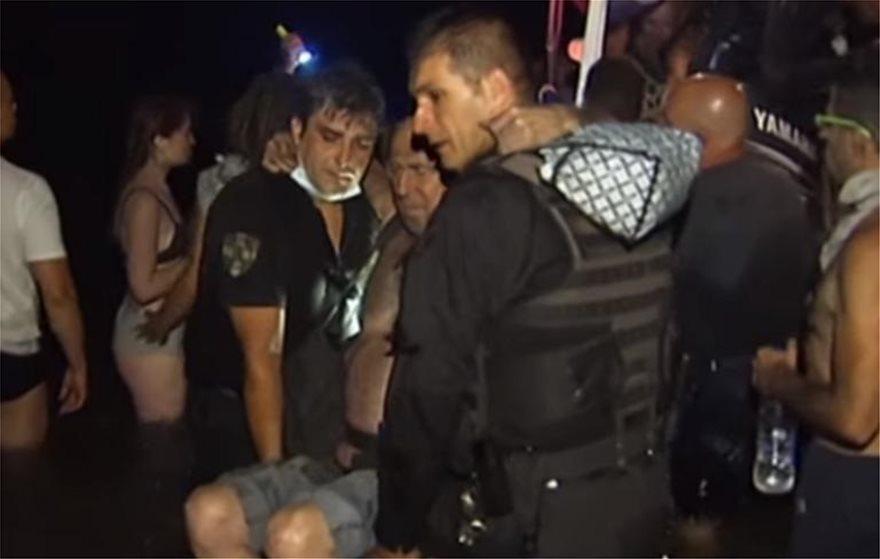 Αστυνομικός που πριν από ένα χρόνο έσωζε ζωές στο Μάτι, μαχαιρώθηκε από χούλιγκαν