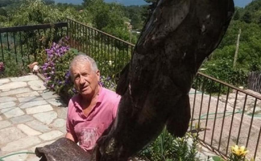 Γουλιανός – τέρας στα «χέρια» 72χρονου ψαρά στη λίμνη Πλαστήρα