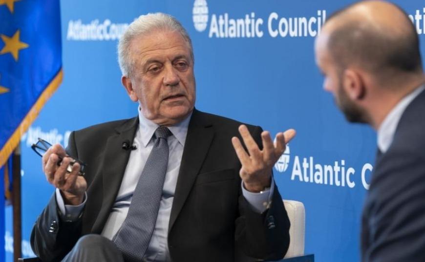 Δ. Αβραμόπουλος : Η συνεργασία της ΕΕ και των ΗΠΑ είναι υψίστης σημασίας