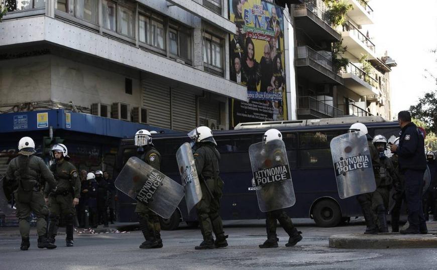 Επιχείρηση σε υπό κατάληψη κτήριο δίπλα στην ΑΣΟΕΕ