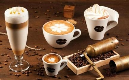 Ζεστός vs. κρύος καφές: Ποιος είναι καλύτερος για την υγεία μας