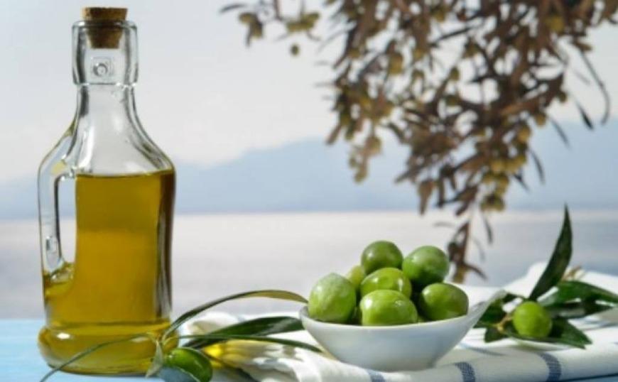 ΗΠΑ: Εξαιρούνται των δασμών το ελληνικό ελαιόλαδο και οι ελληνικές βρώσιμες ελιές
