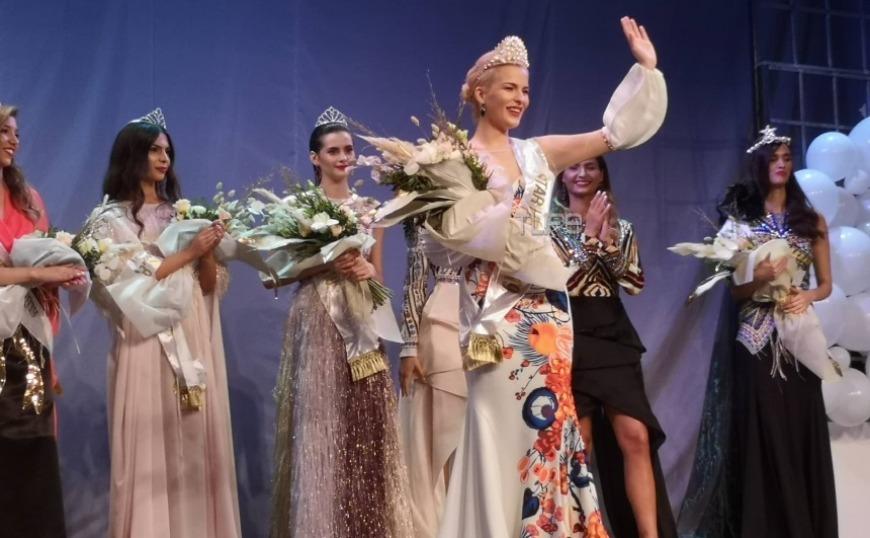Καλλιστεία 2019: Η Ραφαέλα Πλαστήρα νέα Σταρ Ελλάς
