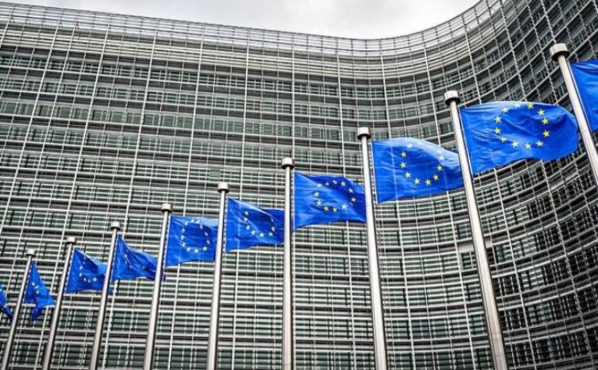Κομισιόν: Δεν έχουμε συμφωνήσει για την κατάργηση της μείωσης αφορολόγητου