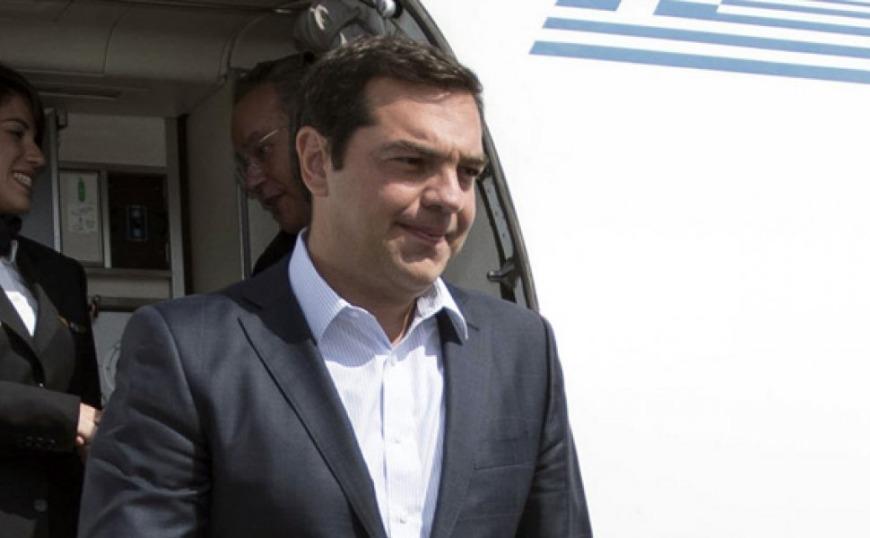 «Κράξιμο» στον Τσίπρα στο αεροπλάνο επιστροφής από τις Βρυξέλλες (video)
