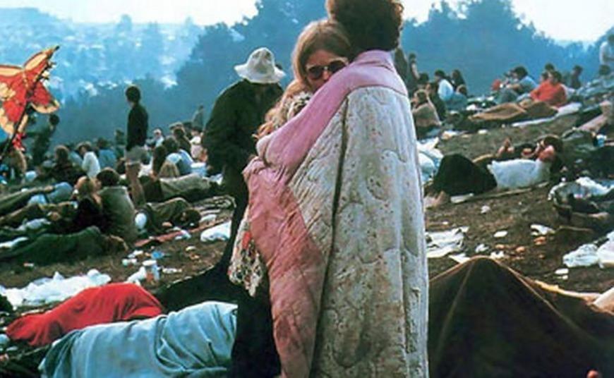 Μαζί 50 χρόνια μετά: Το ζευγάρι στην διάσημη φωτογραφία του Woodstock (video)