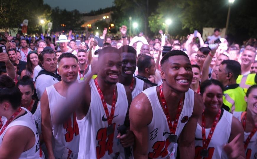 Με Γιάννη, Θανάση και Κώστα Αντετοκούνμπο η προετοιμασία της Εθνικής Ελλάδος για το Παγκόσμιο Κύπελλο της Κίνας