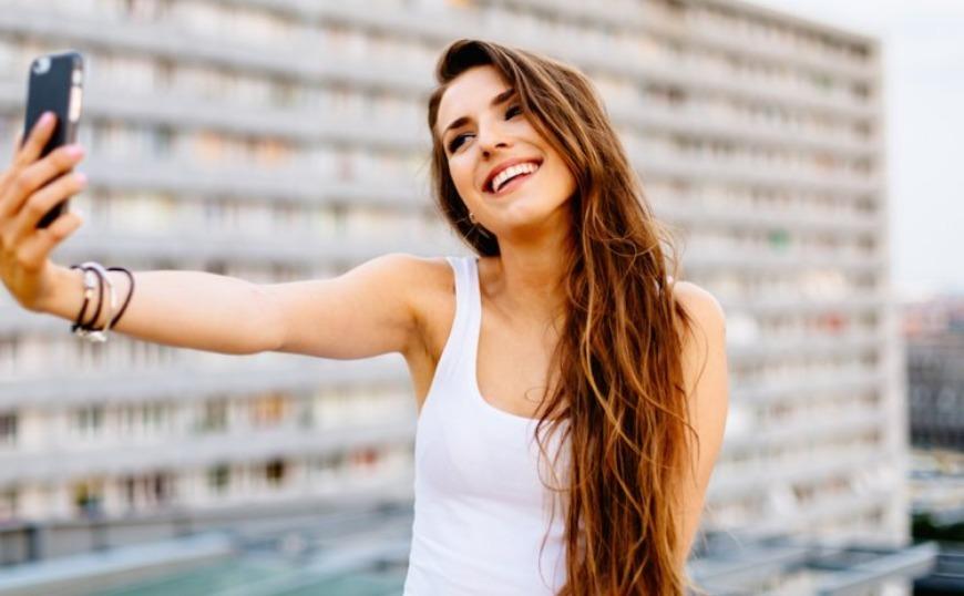 Ξανασκέψου το την επόμενη φορά που θα πας να ανεβάσεις μια selfie!