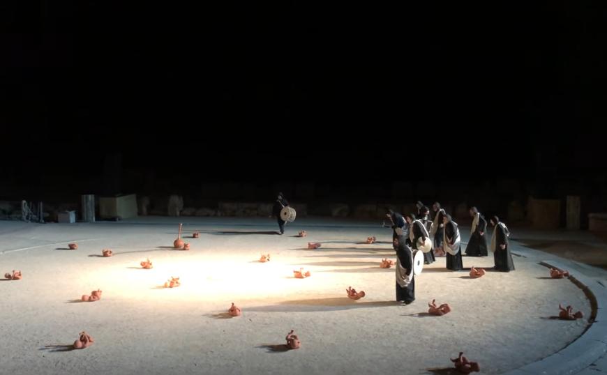 «Οιδίπους Τύραννος» σε σκηνοθεσία Κωνσταντίνου Μαρκουλάκη - Η γενική πρόβα
