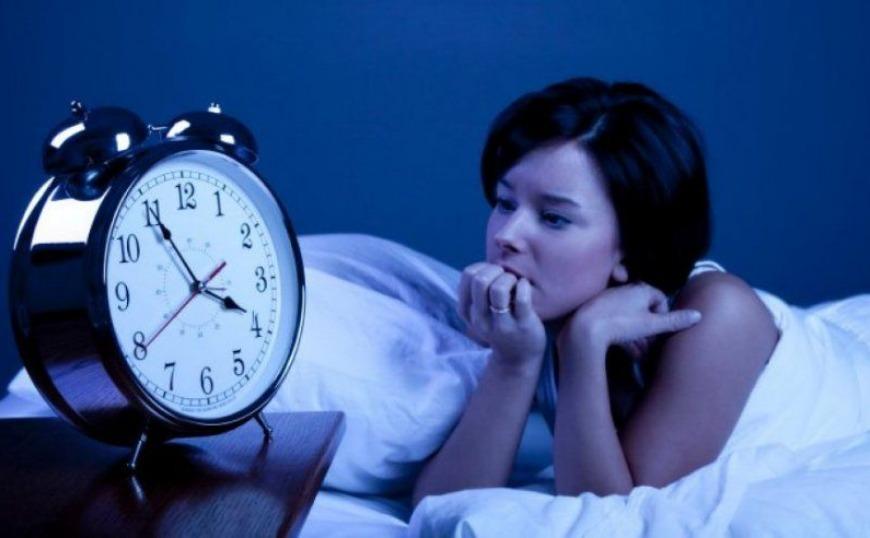 Οι τροφές που νικούν την αϋπνία