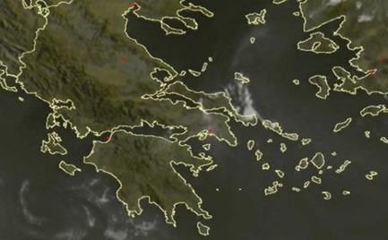 Ο καπνός στις φωτιές Εύβοιας & Θήβας φαίνεται από το διάστημα