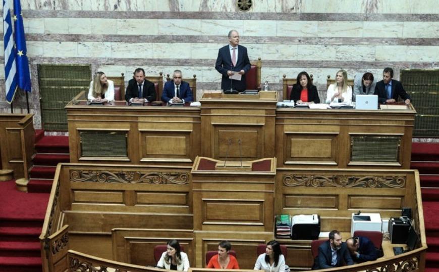 Ο Κώστας Τασούλας νέος πρόεδρος της Βουλής με ρεκόρ ψήφων