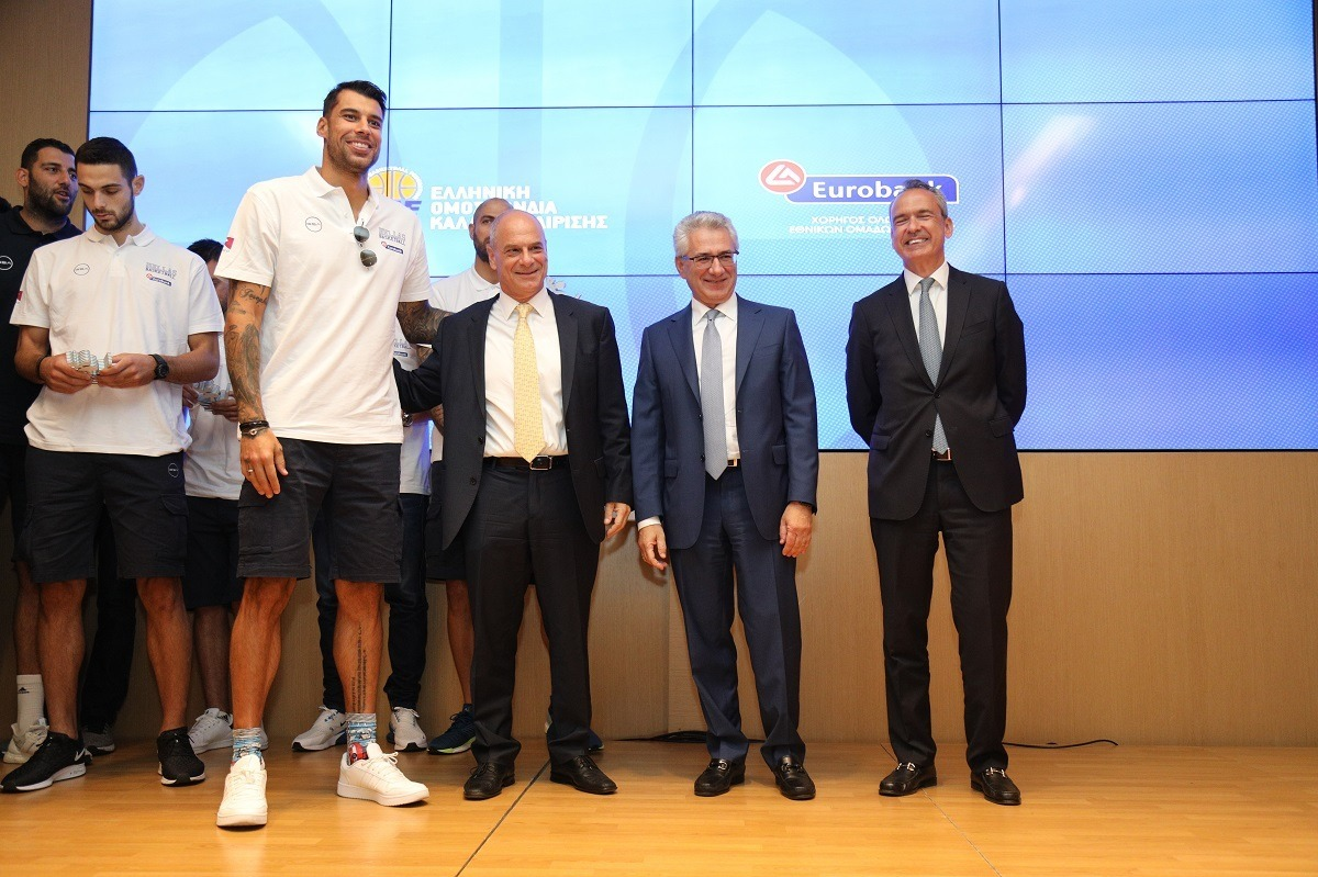 Παρουσιάστηκε η εθνική ομάδα μπάσκετ