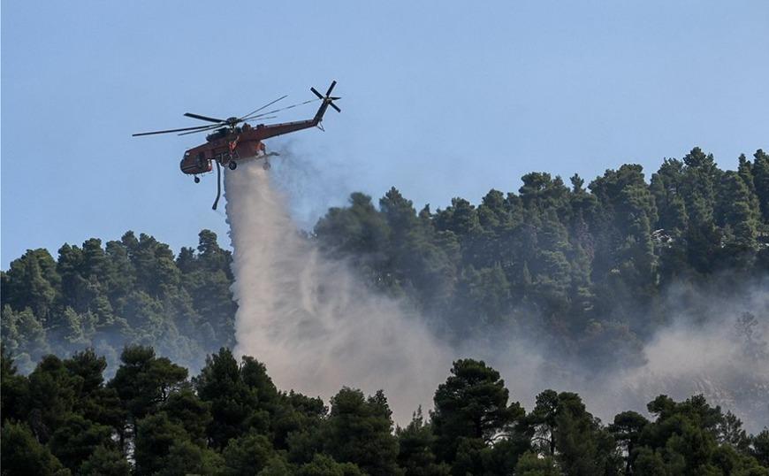 Σε ύφεση η φωτιά στην Ιστιαία