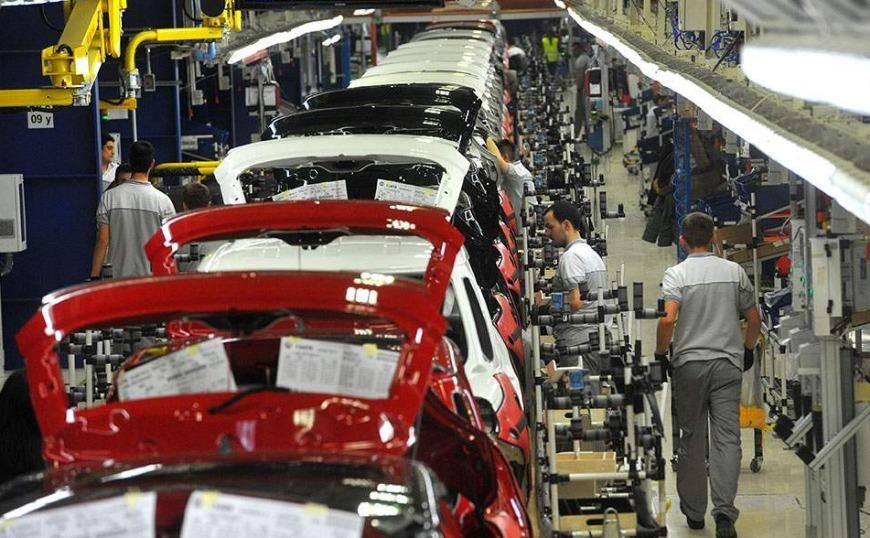 Τριάντα δισεκατομμύρια λόγοι για τη συγχώνευση Fiat - Renault