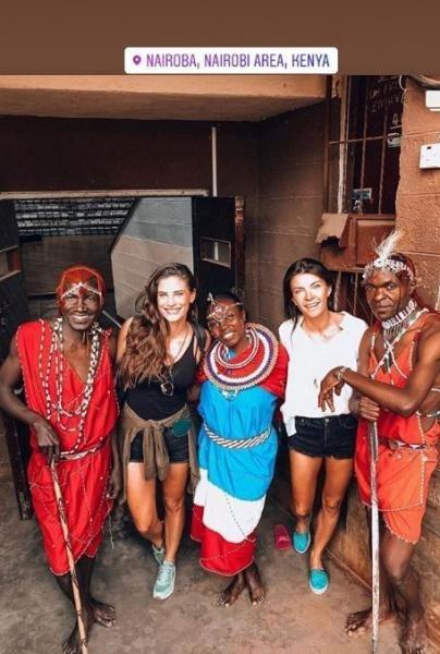 Χριστίνα Μπόμπα : Το ταξίδι στην Αφρική με την κουμπάρα της συνεχίζεται