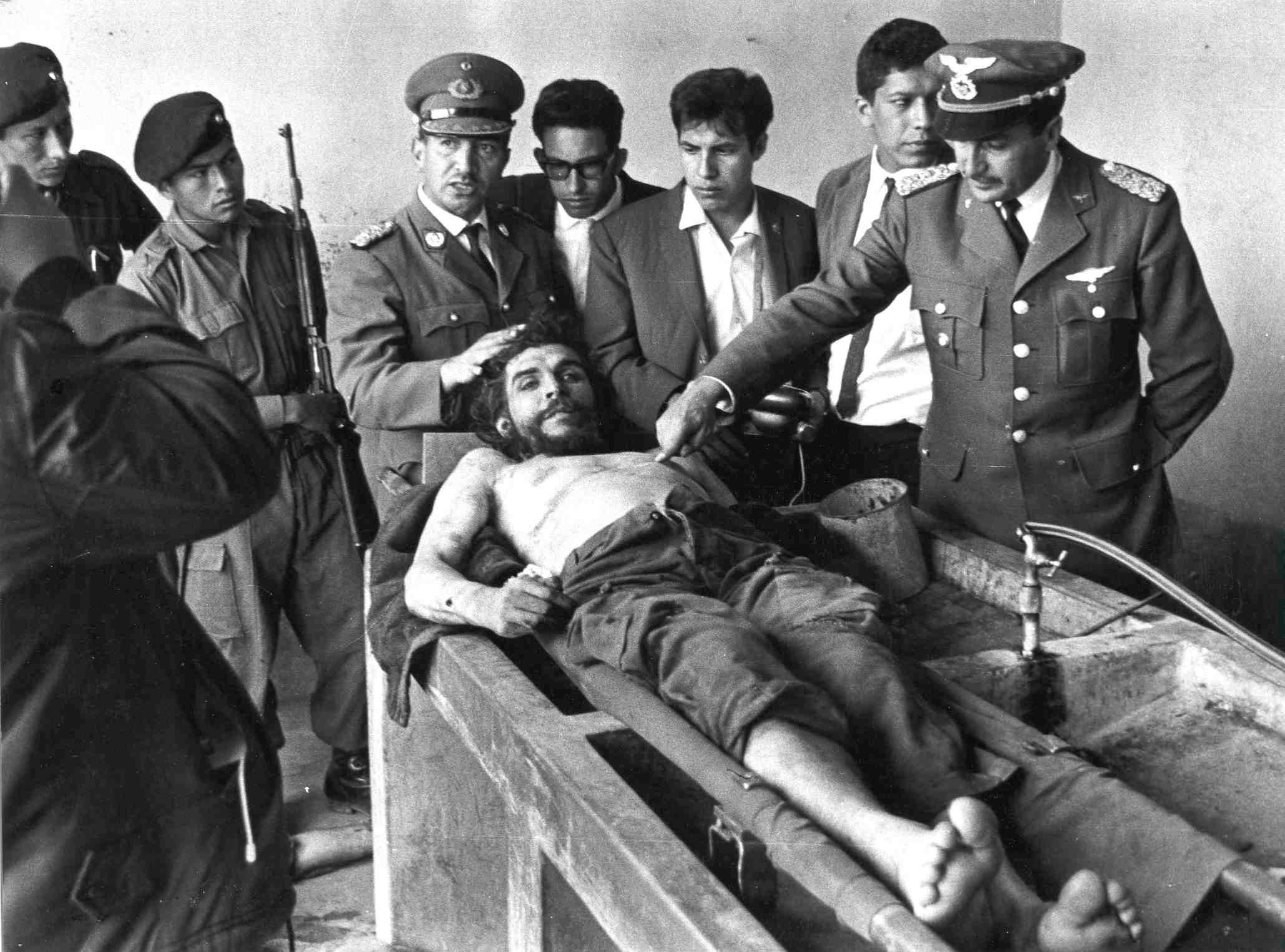 9 Οκτωβρίου: Σαν σήμερα δολοφονήθηκε ο Ερνέστο Τσε Γκεβάρα το 1967