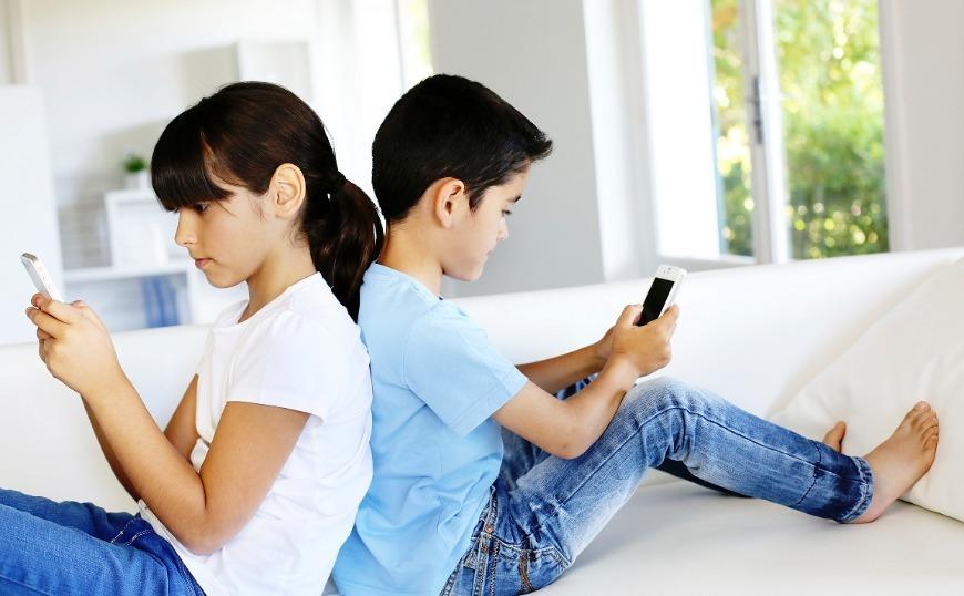 Kaspersky: 9 στα 10 παιδιά ηλικίας 7 έως 12 ετών έχουν smartphone ή tablet